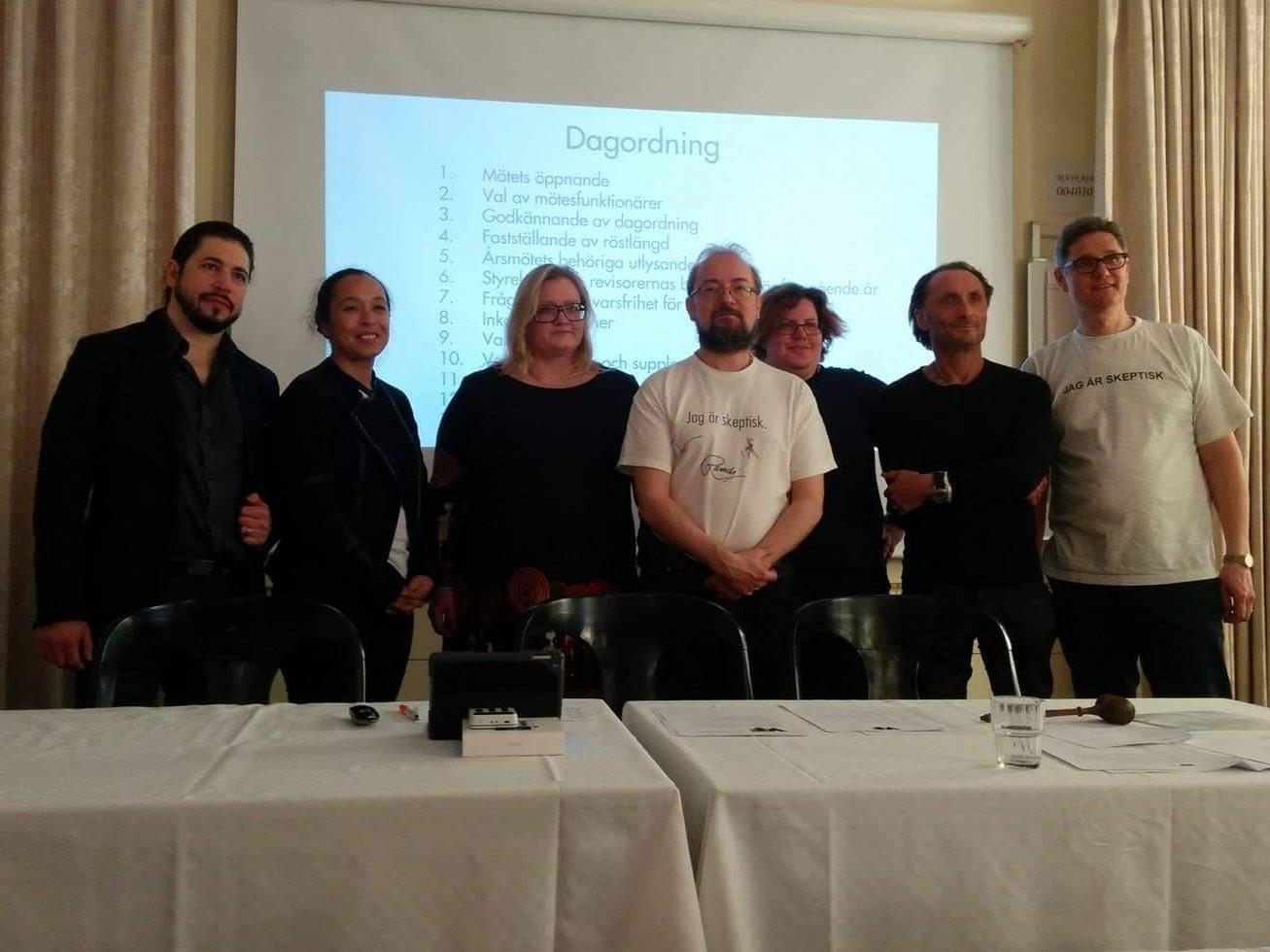 De närvarande från nya riksstyrelsen vid årsmötet 25 mars 2017. Adrian Lozano, Linda Hedman, Karin Karlsson, Peter Olausson, Eva Daskalaki, Dan Katz och Pontus Böckman.